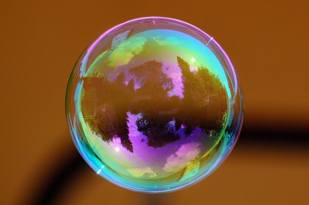 gallery/soap-bubble-824550_1920