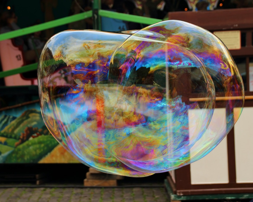 gallery/soap-bubble-374934_1920